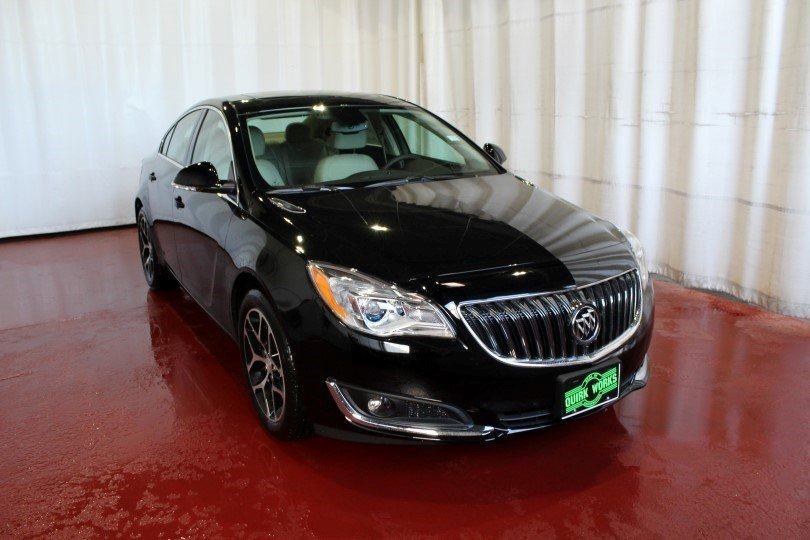 2017 Buick Regal Sport Touring FWD 4dr